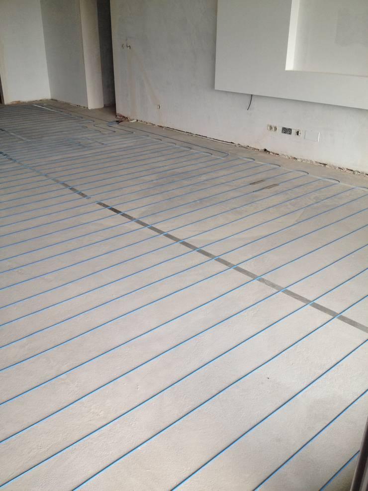 Instalação do sistema directo de piso radiante electrico :   por HCS - Heating Cable System
