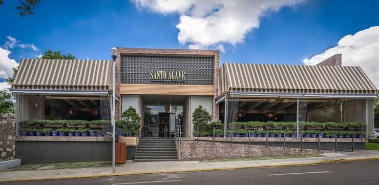 Trabajo fotográfico de Santo Agave Gastronomía de estilo clásico de Eduardo Alarcon Fotografia Arquitectónica Clásico