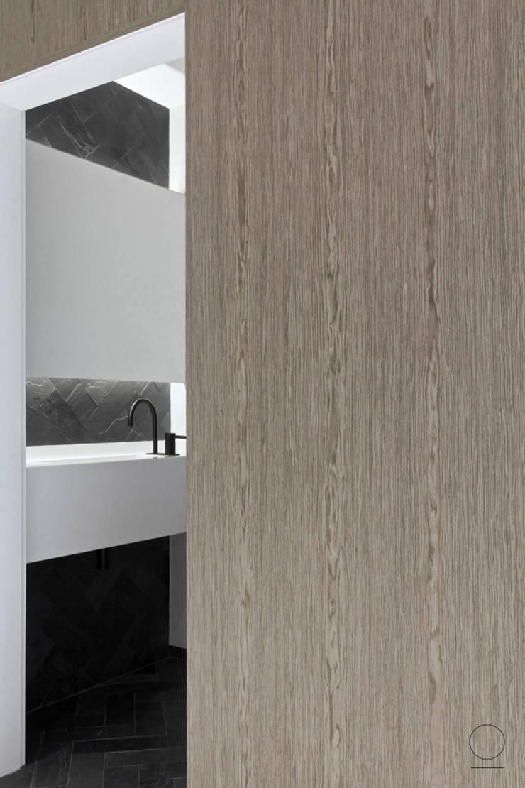 APARTAMET GRZYBOWKSA : styl , w kategorii Łazienka zaprojektowany przez OIKOI