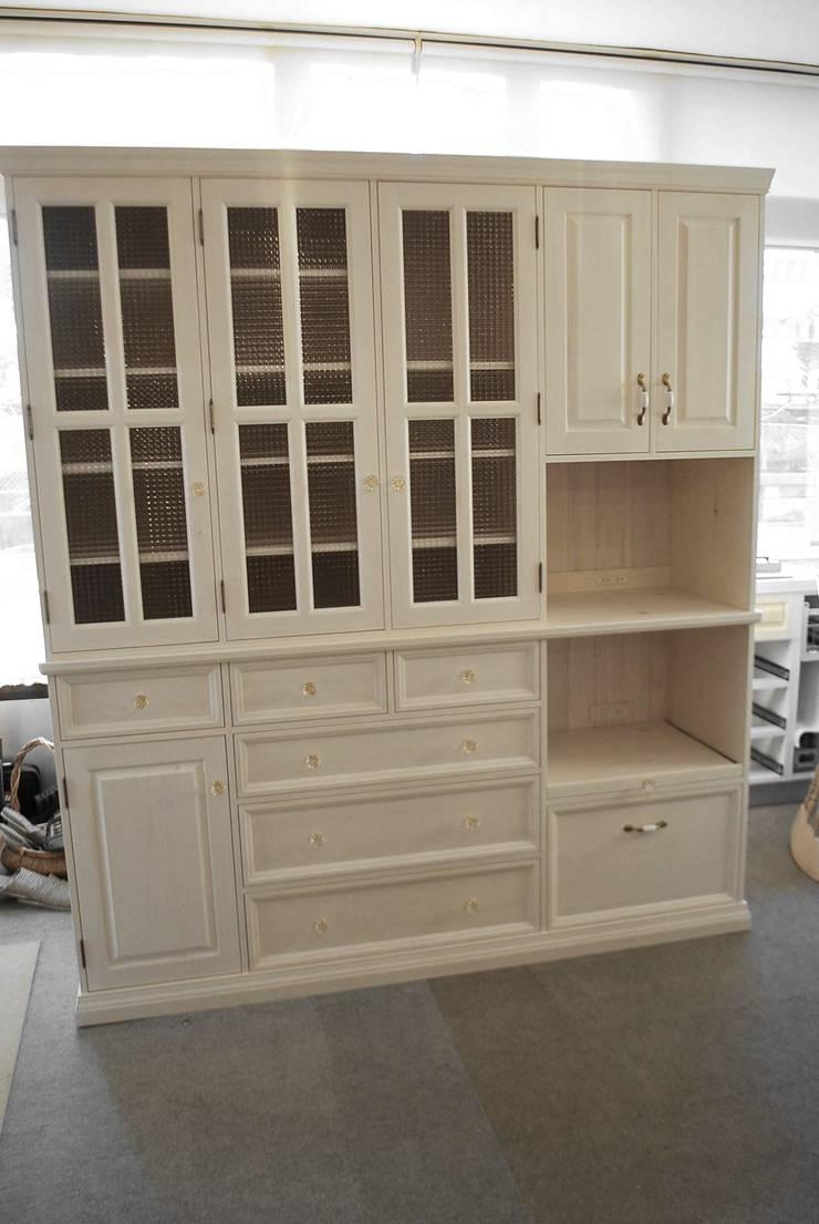 フルオーダー家具: ポプリローカルファニチャーが手掛けたキッチンです。,