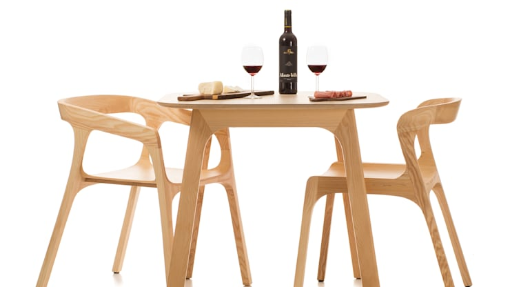 Sepia by Genuino Collection: Sala de jantar  por Pedro Gomes Design