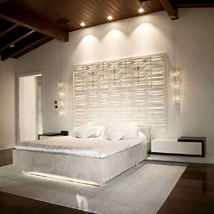 Fjord crystal chandeliers from Manooi: modern Bedroom by Manooi