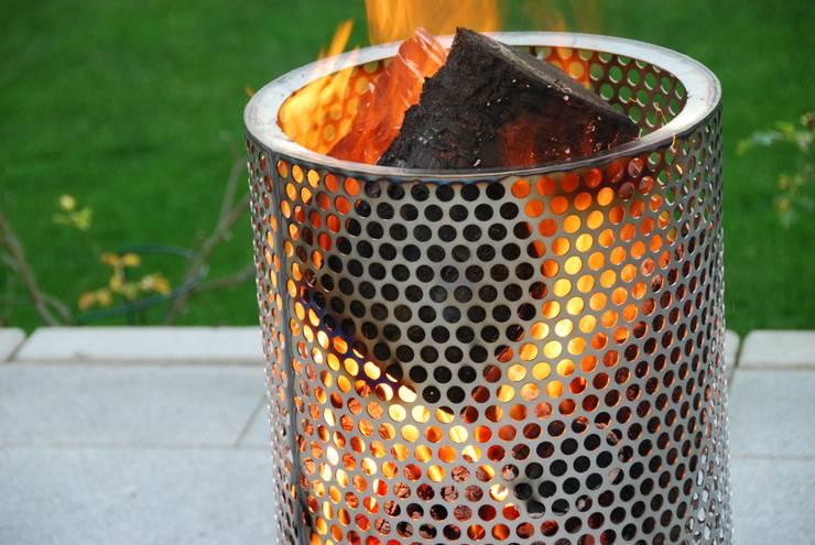 Jardines de estilo  por Feuer und Stahl
