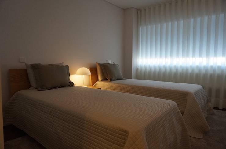 Apartamento Matosinhos Sul: Quartos  por Kohde