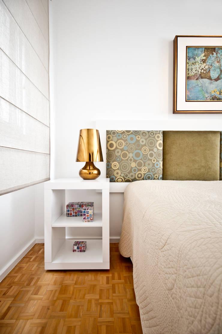 Dormitorios de estilo  de MCC Arquitetura, Ecléctico
