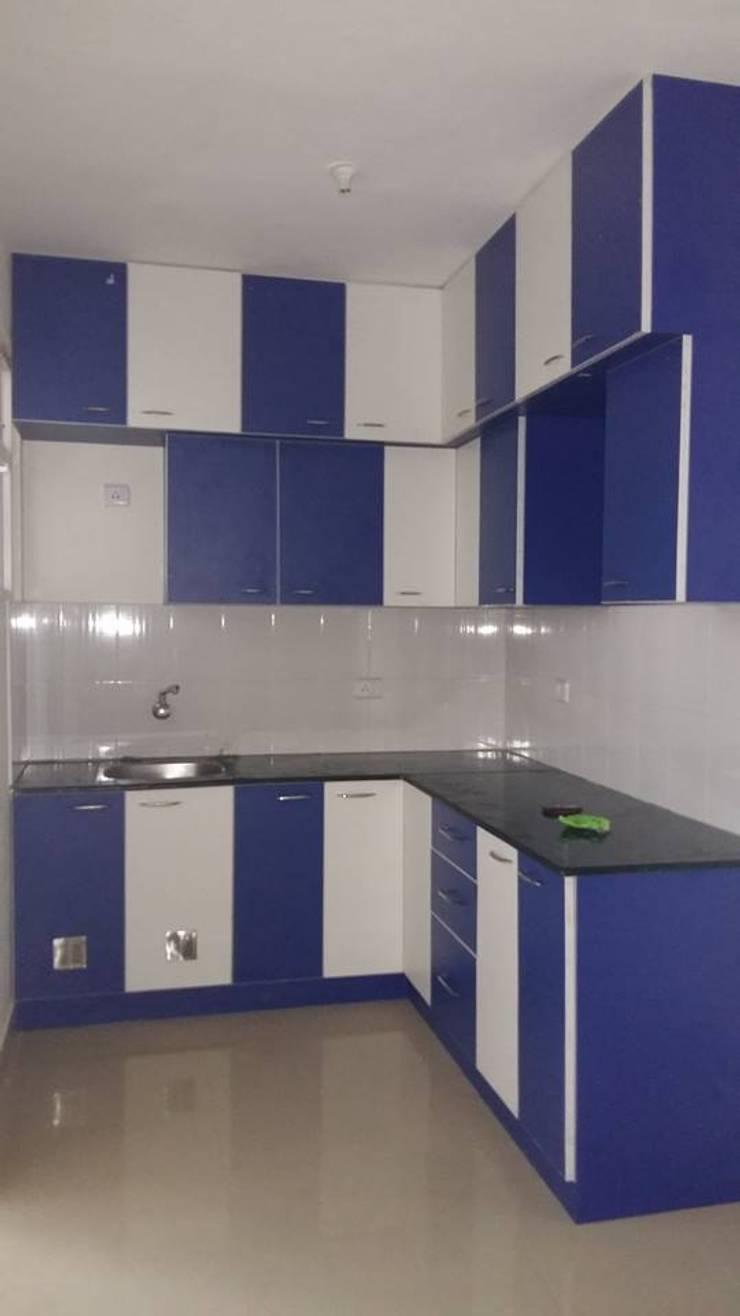 Kitchen Designs:  Kitchen by Disha Interior