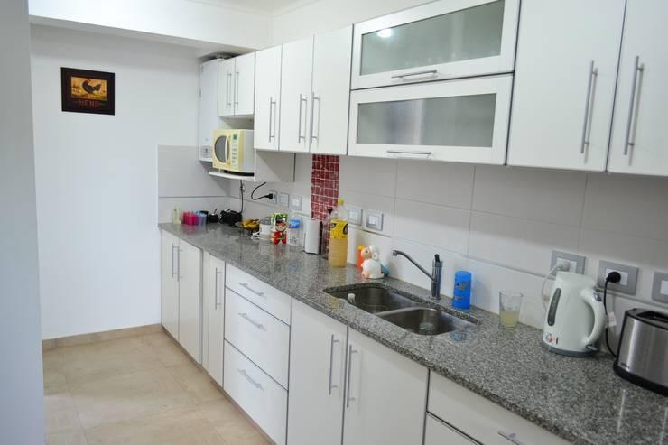 Kitchen by epb arquitectura, Modern