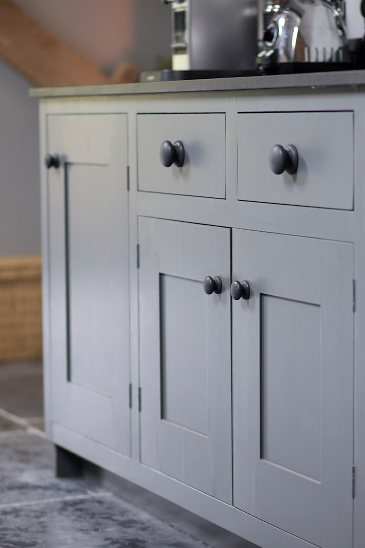 The Utility Room:  Kitchen by Papilio