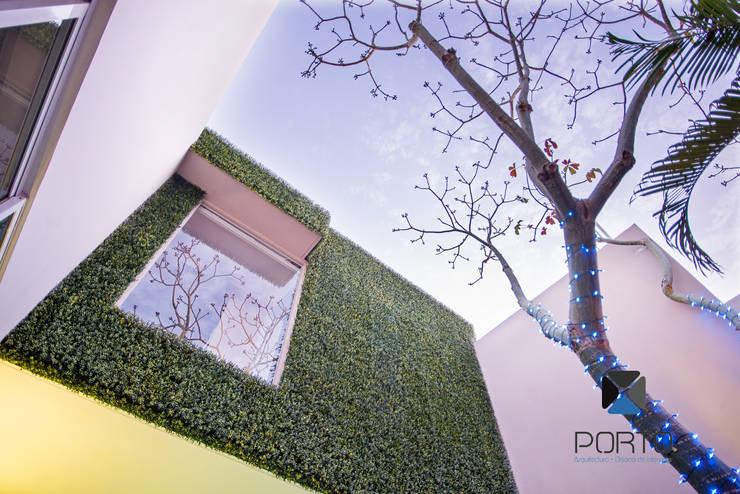 Segunda parte proyecto <q> La Ramona</q>. : Jardines de estilo  por PORTO Arquitectura + Diseño de Interiores