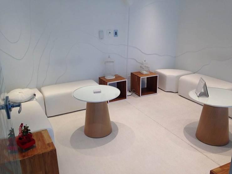 Oficinas interiores: Salas de estilo  por CHIMI
