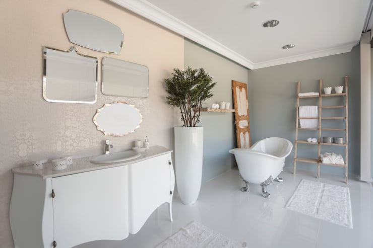 Bathroom by Alfama Home Vintage