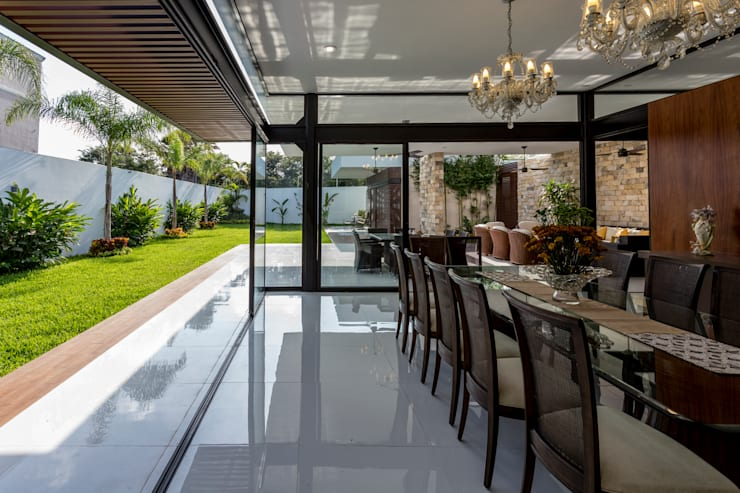 Dining room by P11 ARQUITECTOS