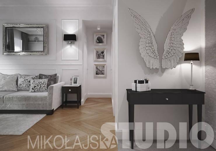 salon w stylu glamour - projekt wnętrz: styl , w kategorii  zaprojektowany przez MIKOŁAJSKAstudio