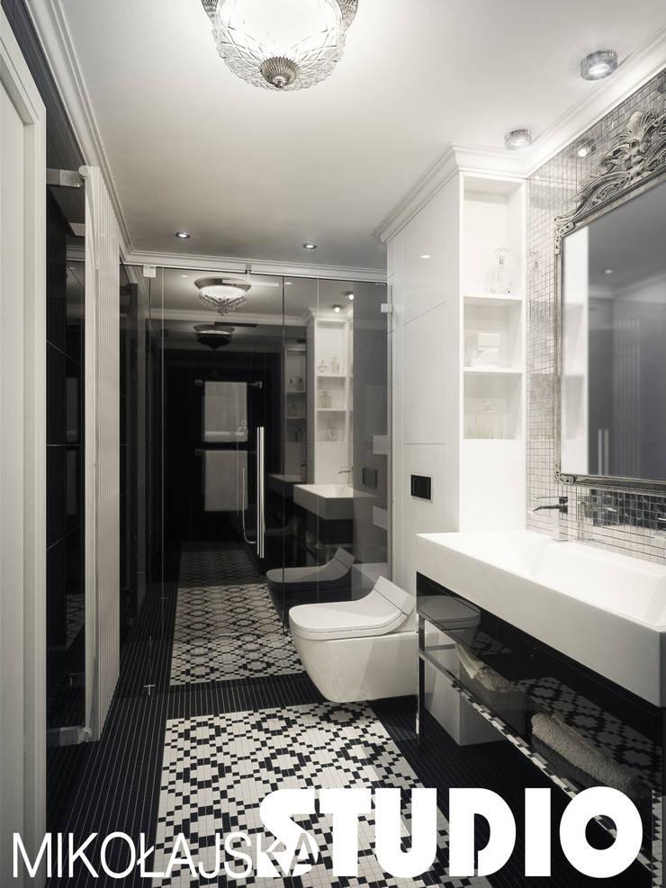 glamuour-style-bathroom: styl , w kategorii  zaprojektowany przez MIKOŁAJSKAstudio