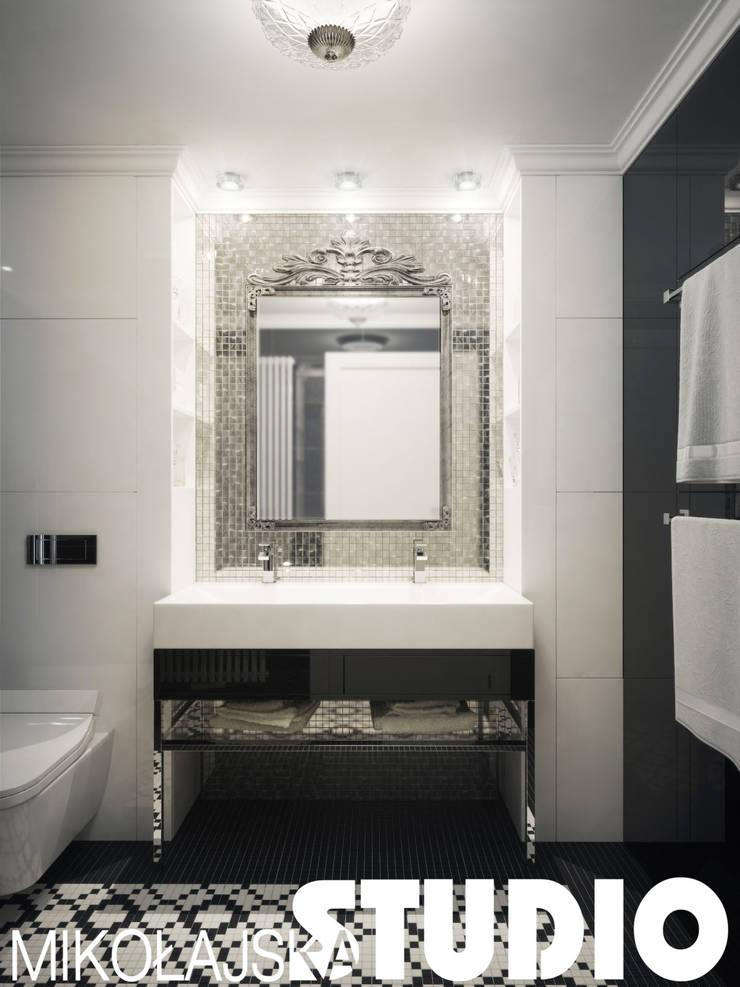 łazienka-glamour-style: styl , w kategorii  zaprojektowany przez MIKOŁAJSKAstudio