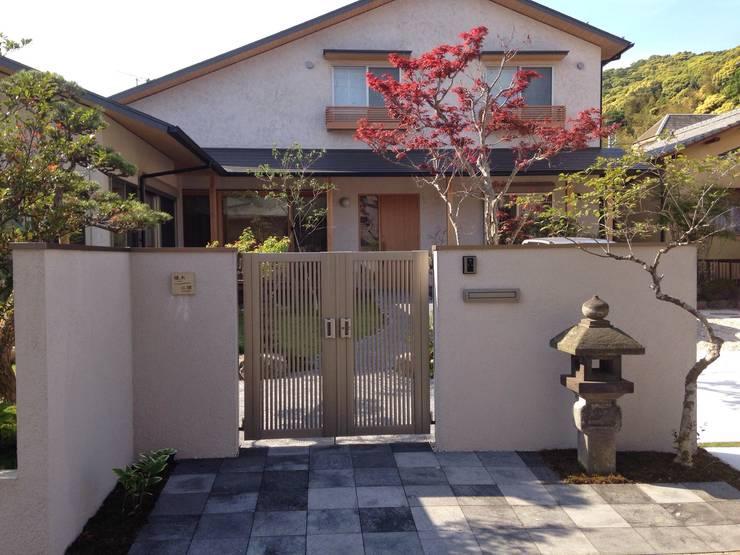 庭in二丈: 庭園空間ラボ teienkuukan Laboが手掛けた庭です。