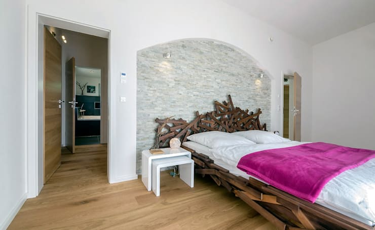 غرفة نوم تنفيذ Licht-Design Skapetze GmbH & Co. KG