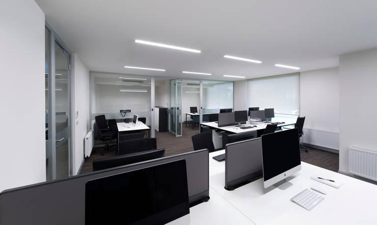 1900dor mimarlık dekorasyon ldt şti – ARMOYA  YÜKSEK TEKNOLOJİ ARAŞTIRMALARI ELEKTRONİK SAN.TİC.A.Ş.:  tarz Ofis Alanları