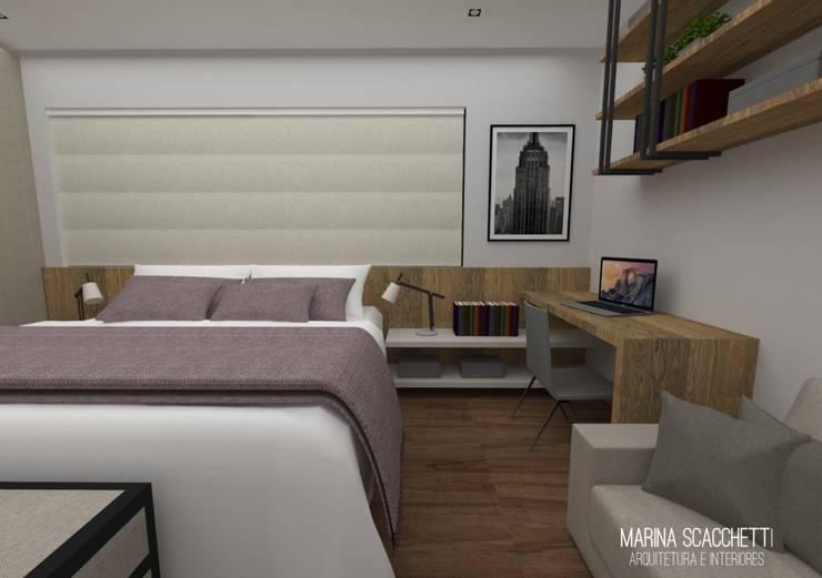 Perspectiva do flat com vista para o escritório: Quartos  por Marina Scacchetti Arquitetura e Interiores,