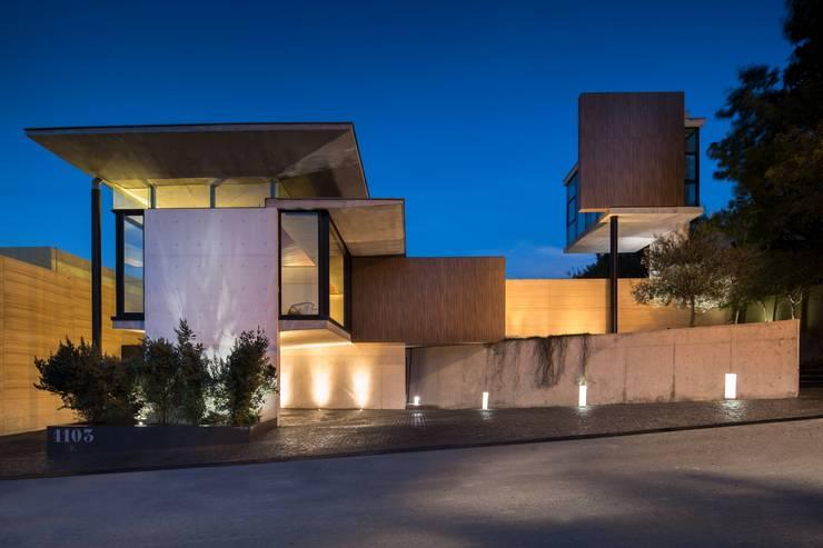 Casa Ticoman / Vidal Arquitectos: Casas de estilo  por Idea Cubica