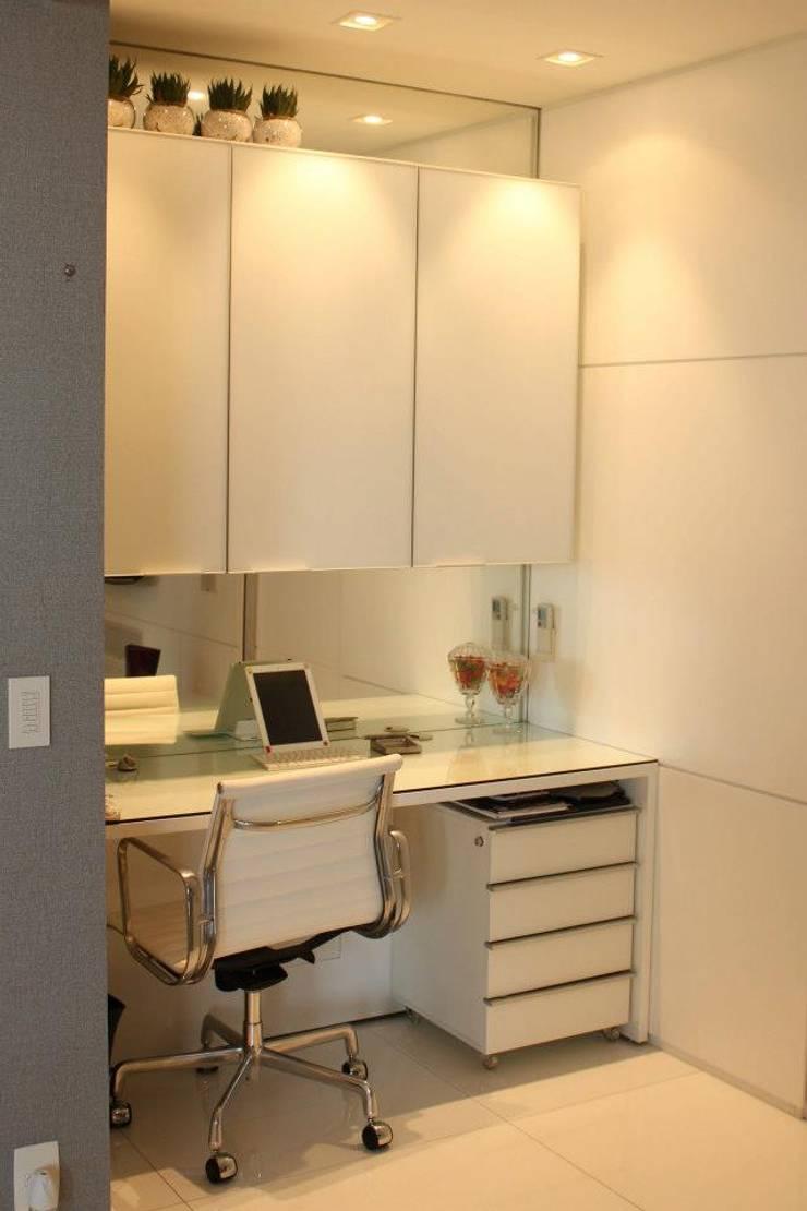 Phòng học/Văn phòng theo Estúdio Plano, Hiện đại