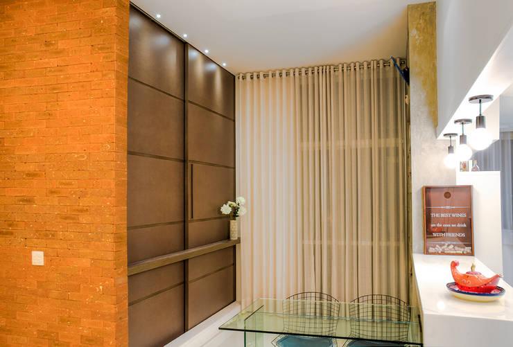 Da gema e do mundo: Salas de jantar  por Miguel Arraes Arquitetura,