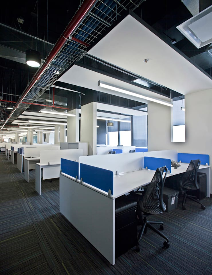 Corporativo UVM/UNITEC: Estudios y oficinas de estilo  por Serrano Monjaraz Arquitectos