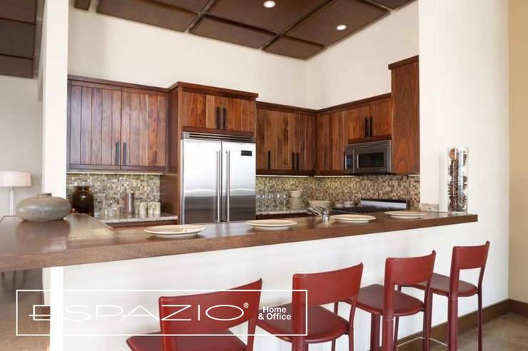 Casa de Campo: Cozinhas  por Espazio - Home & Office