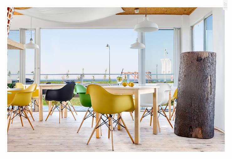 Fotografia architektury: Restauracja Surf Messa: projekt WZ Studio: styl , w kategorii Bary i kluby zaprojektowany przez Pion Poziom - fotografia wnętrz,Eklektyczny