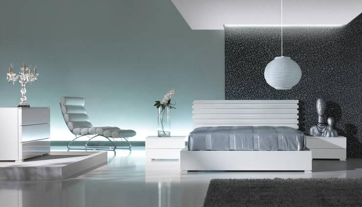 Mobiliário de Quarto Bedroom Furniture www.intense-mobiliario.com  Maurice http://intense-mobiliario.com/product.php?id_product=3443: Quarto  por Intense mobiliário e interiores;