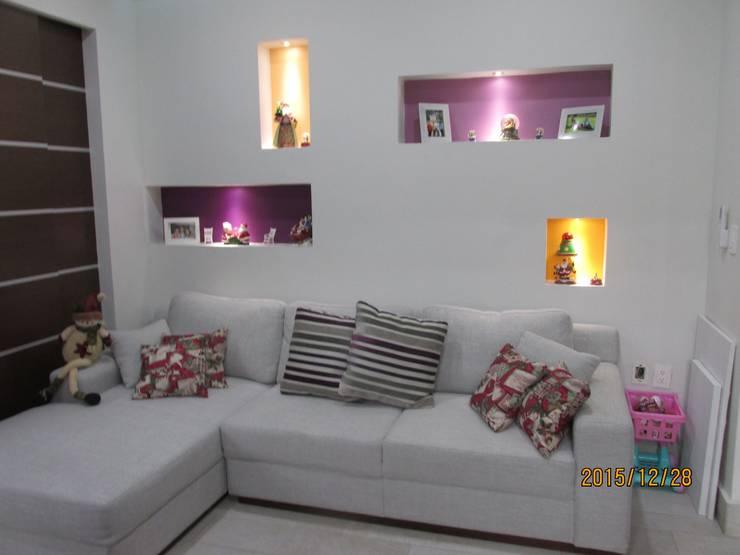 trabajos: Salas de estilo  por Obras y reformas de vivienda,proyectos de arquitectura en Tabasco.