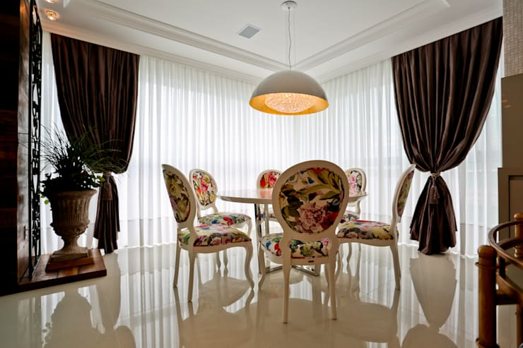 Apartamento: Salas de jantar  por Spengler Decor,
