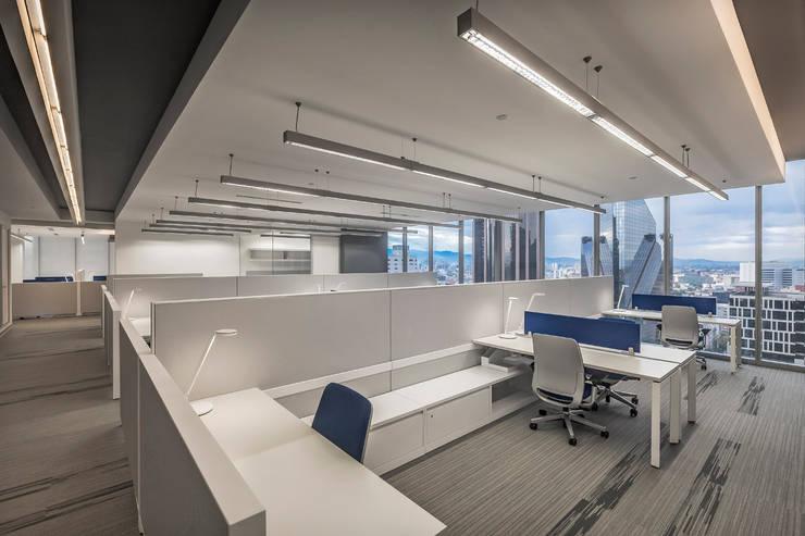 Corporativo Capital Reforma: Estudios y oficinas de estilo  por usoarquitectura