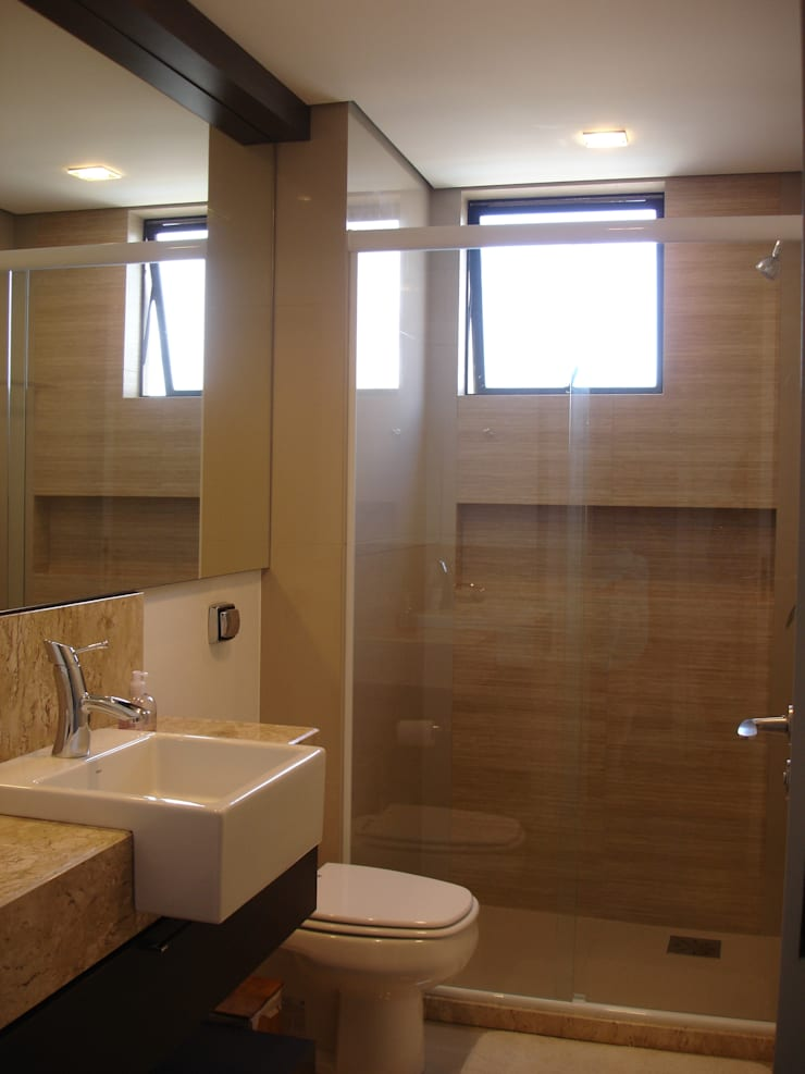 Ванные комнаты в . Автор – Manuela Di Giorgio | Arquitetura e Interiores, Модерн Керамика