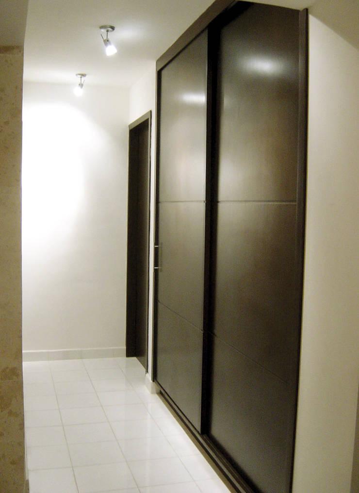 B Cancún Pasillos, vestíbulos y escaleras modernos de usoarquitectura Moderno