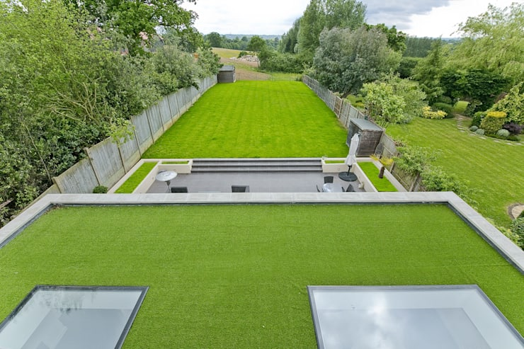 Private residential house - Elstree:  Garden by New Images Ltd