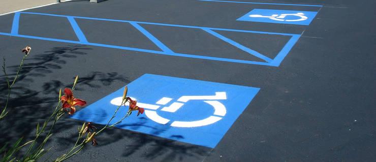 NOUVELLE. | Proje Danışmanlık – Engelli Otoparkları: endüstriyel tarz tarz Garaj / Hangar
