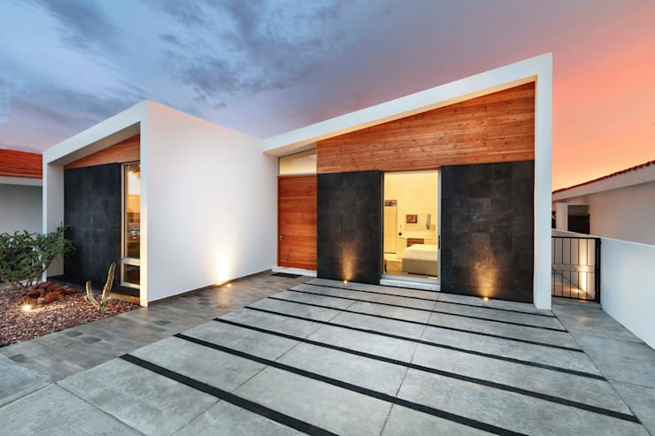 CASA MRE: Casas de estilo moderno por Imativa Arquitectos