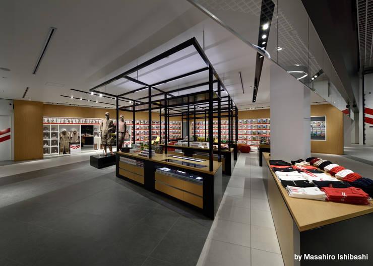 Store Area: WORKTECHT CORPORATIONが手掛けた商業空間です。