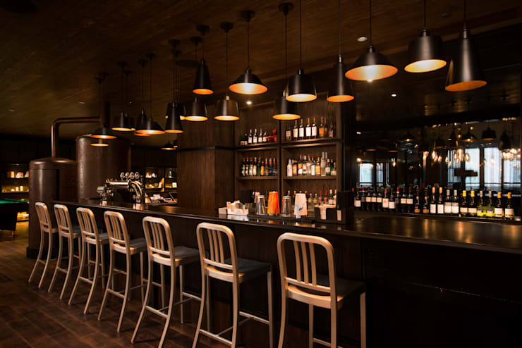 Bar: WORKTECHT CORPORATIONが手掛けたホテルです。,