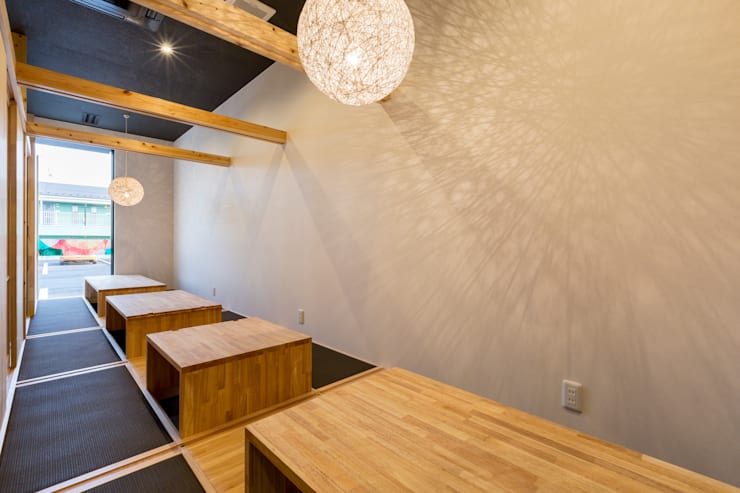 鮮魚とおでん 陽と月 (居酒屋) 店舗: 株式会社 鳴尾工務店が手掛けたオフィススペース&店です。,
