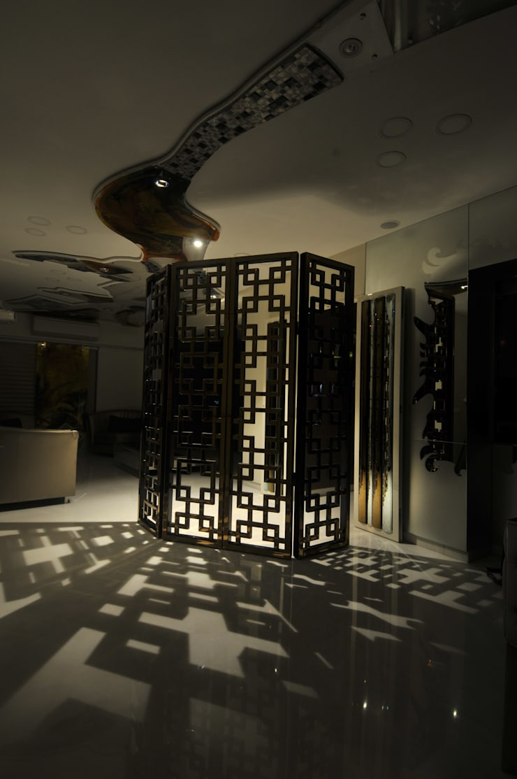 Site at Juhu:  Corridor & hallway by Mybeautifulife