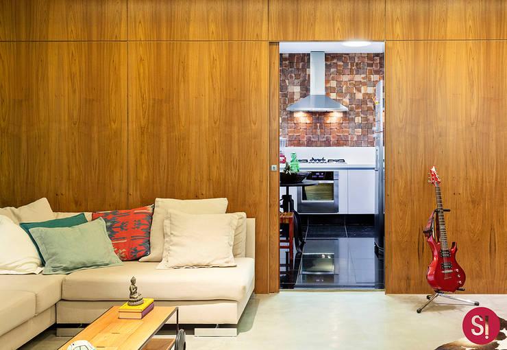 Apartamento CM: Cozinha  por Botti Arquitetura e Interiores-Natália Botelho,