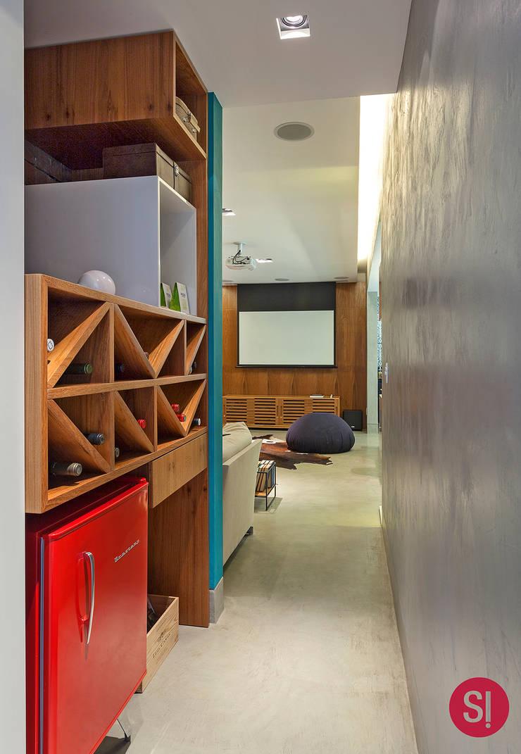 Apartamento CM: Adega  por Botti Arquitetura e Interiores-Natália Botelho,