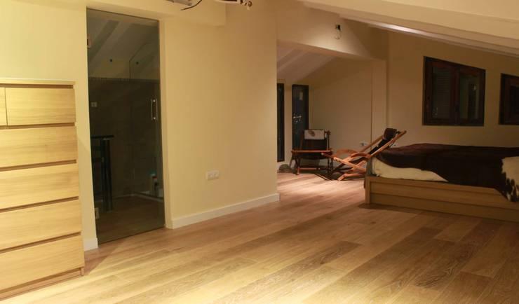 Living room by Estudio de Arquitectura 2E+1L