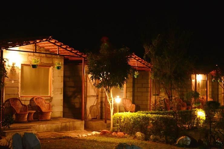 Rishikesh:  Houses by Studio Ezube