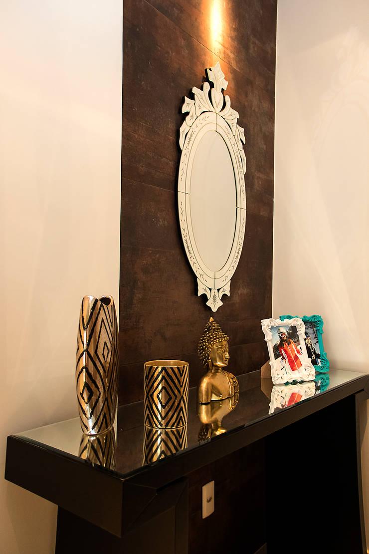 走廊 & 玄關 by Ana Adriano Design de Interiores, 現代風 陶器