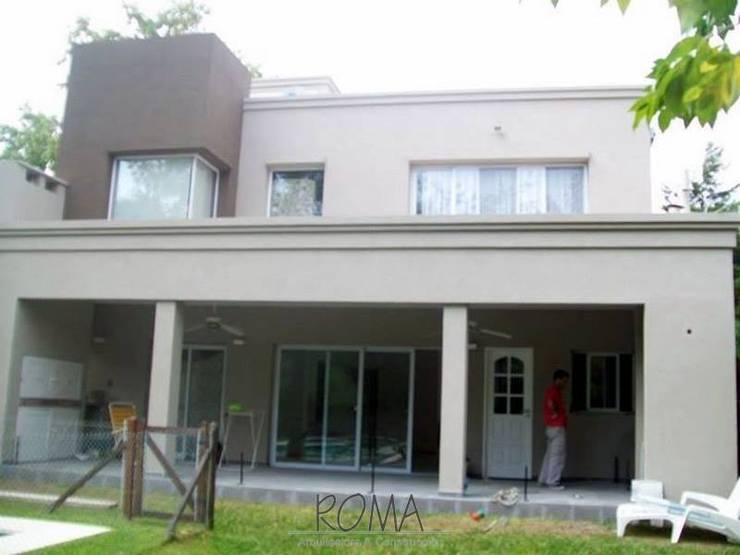 Renovación de Frente, Contrafrente y Cocina:  de estilo  por ROMA Arquitectura y Construcción