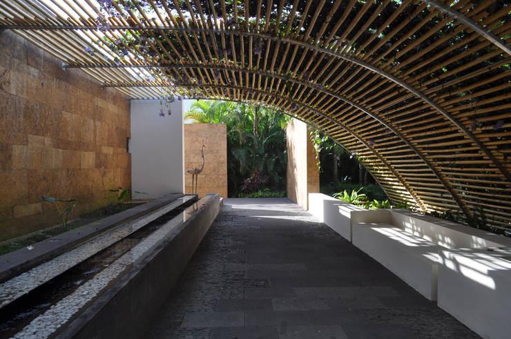 Terrazas de estilo  por José Vigil Arquitectos