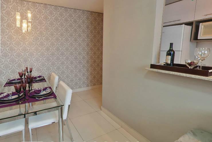 Apartamento Decorado Porto Mediterrâneo: Sala de jantar  por Débora Campos Arquiteta,